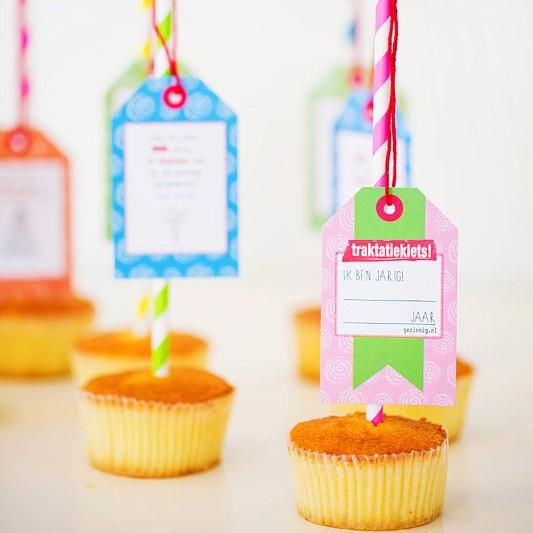 gezinnig traktatieklets 6tot12 labels cupcakes